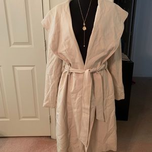 Super well made trench coat